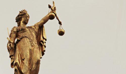 svarstyklės, teisingumas, temidė